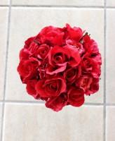 造花 赤バラのラウンドブーケ